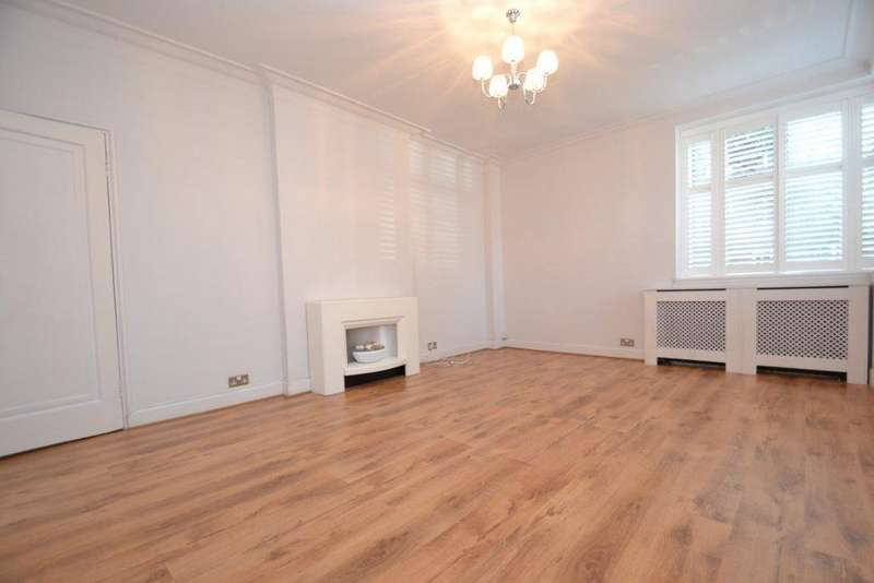 3 Bedrooms Flat for sale in Sutton Court Road, Chiswick, W4