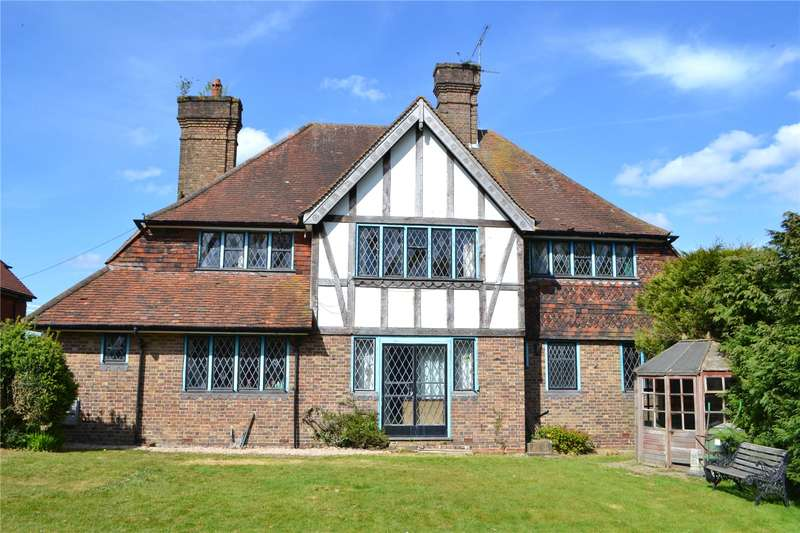 6 Bedrooms Detached House for sale in Sydney Road, Haywards Heath, West Sussex, RH16
