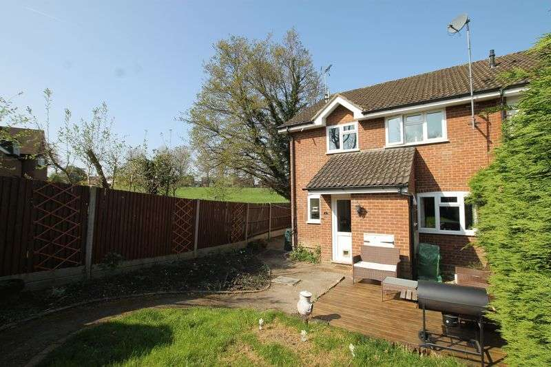 2 Bedrooms Terraced House for sale in Merrow