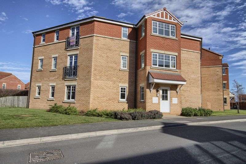 2 Bedrooms Flat for sale in Hillbrook Crescent, Ingleby Barwick