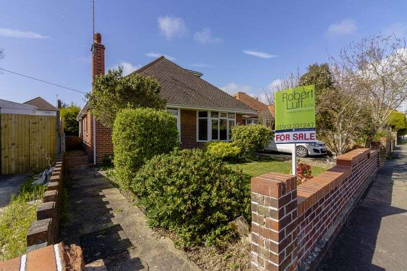 3 Bedrooms Bungalow for sale in Alfriston Road, Worthing