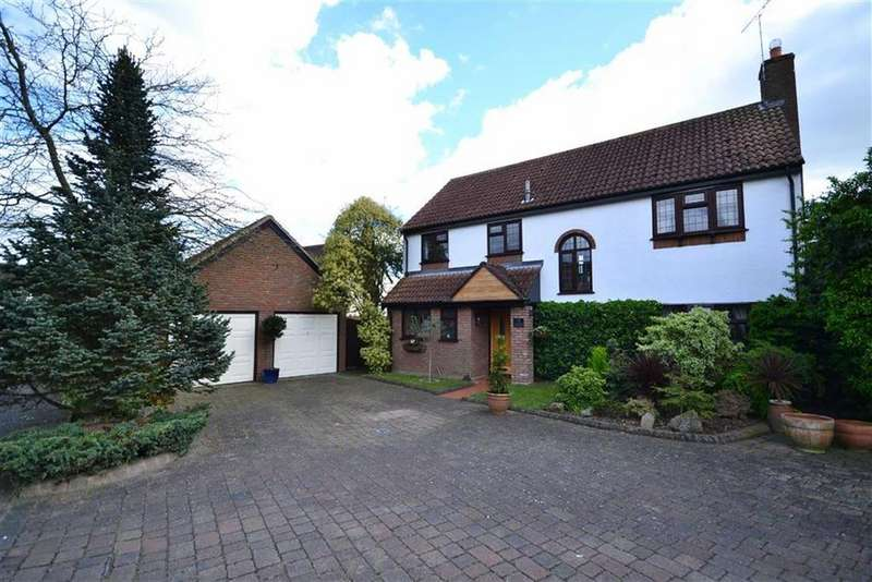 4 Bedrooms Detached House for sale in Vicarage Meadow, Southminster, Essex