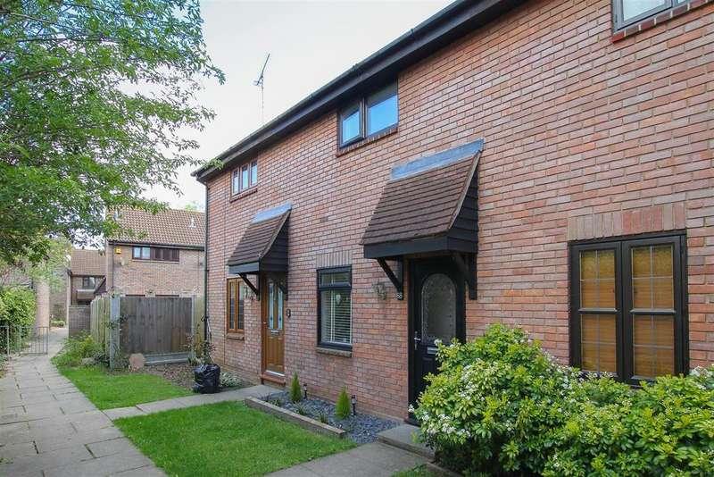 2 Bedrooms House for sale in Kelvedon Green, Kelvedon Hatch, Nr Brentwood