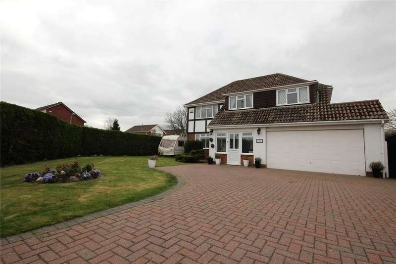 4 Bedrooms Detached House for sale in Louth Road, Holton le Clay, DN36