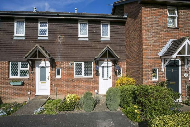 2 Bedrooms Terraced House for sale in Ashenden Walk, Tunbridge Wells