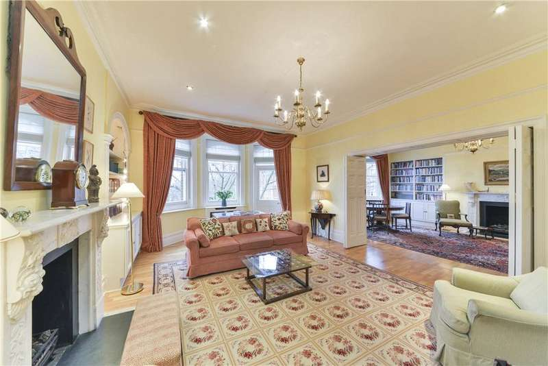 4 Bedrooms Flat for sale in Campden Hill Court, Campden Hill Road, Kensington, London, W8