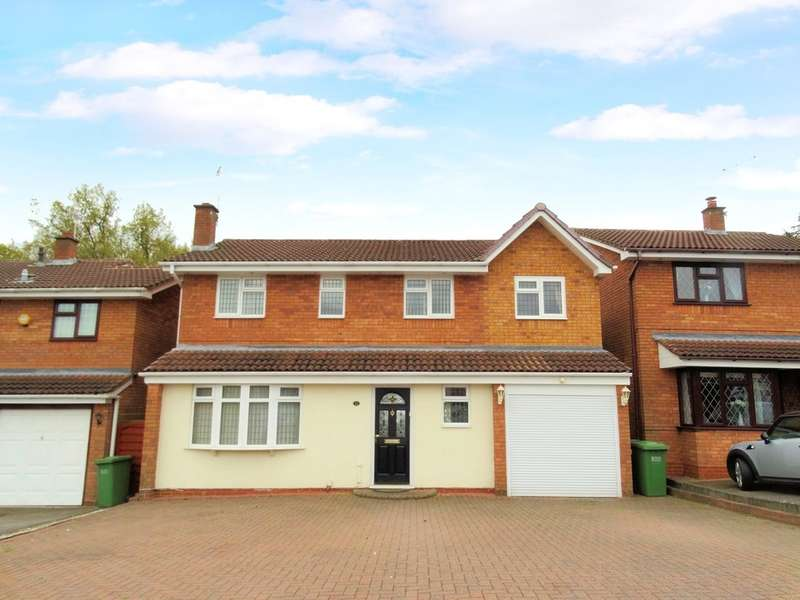 4 Bedrooms Detached House for sale in Oakslade Drive, Solihull