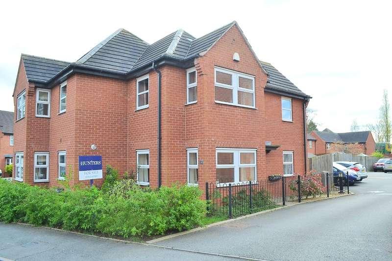 3 Bedrooms Semi Detached House for sale in Trafalgar Way, Lichfield, WS14 9FD