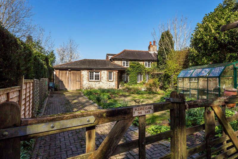 4 Bedrooms Semi Detached House for sale in Burlings Lane, Knockholt, TN14