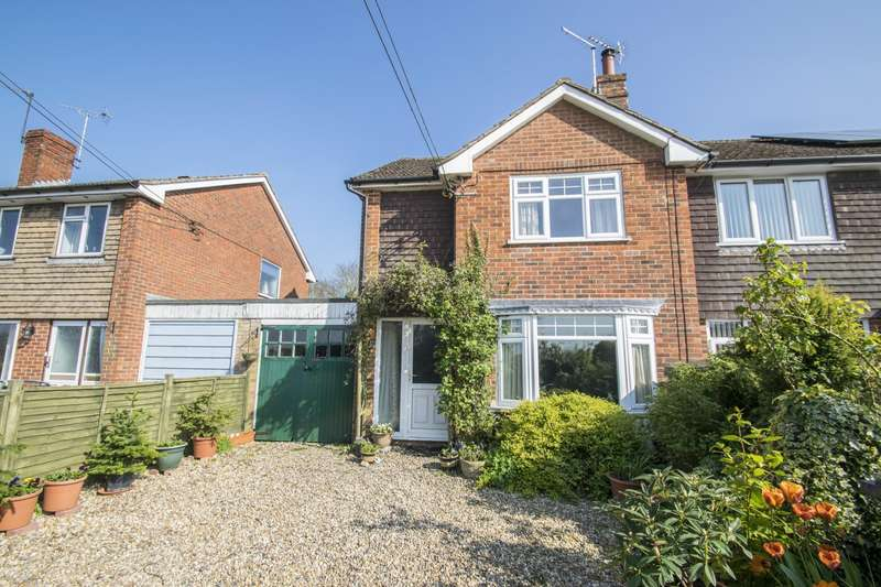 3 Bedrooms Semi Detached House for sale in Field Cottages Behoes Lane, Woodcote, Reading, RG8