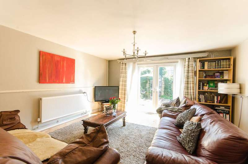 4 Bedrooms Flat for sale in Lord Holland Lane, Oval, SW9