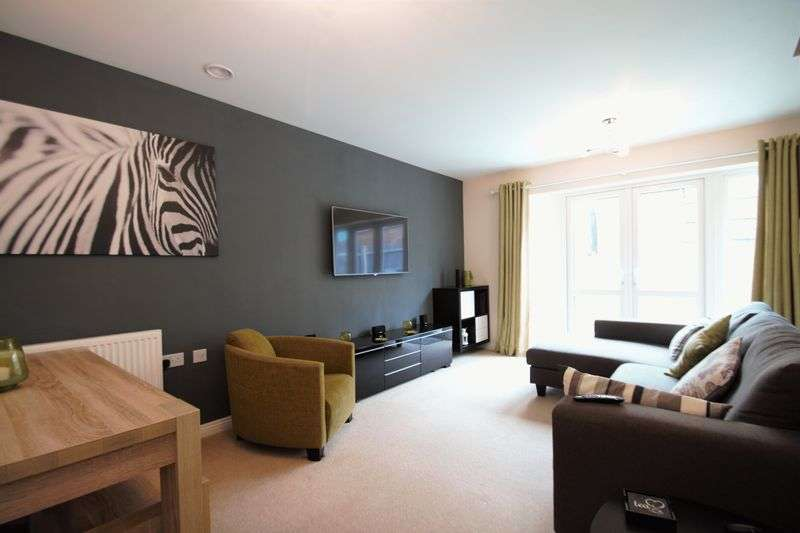 2 Bedrooms Terraced House for sale in Consort Gardens, East Cowes