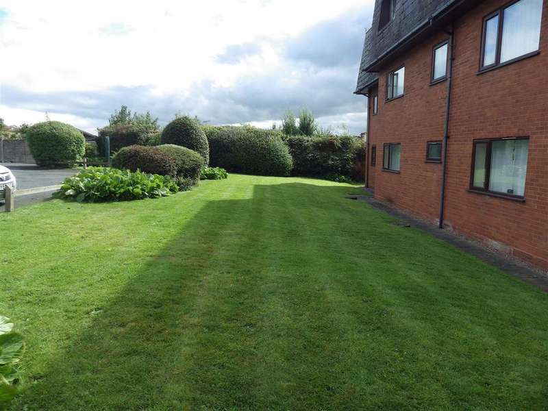 1 Bedroom Flat for sale in Woodland House High Street, Quarry Bank, Brierley Hill