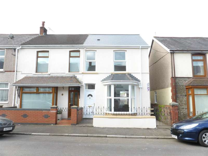 3 Bedrooms End Of Terrace House for sale in 4 Coronation Avenue, Resolven, Neath