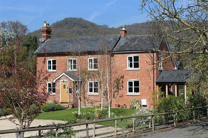 4 Bedrooms Detached House for sale in Tillington Common, Herefordshire