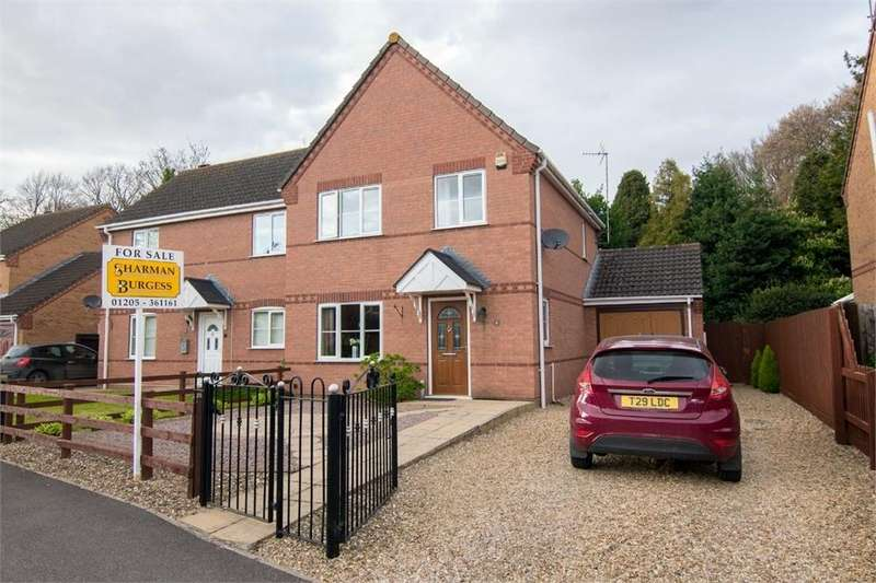 3 Bedrooms Semi Detached House for sale in Cleymond Chase, Kirton, Boston, Lincolnshire