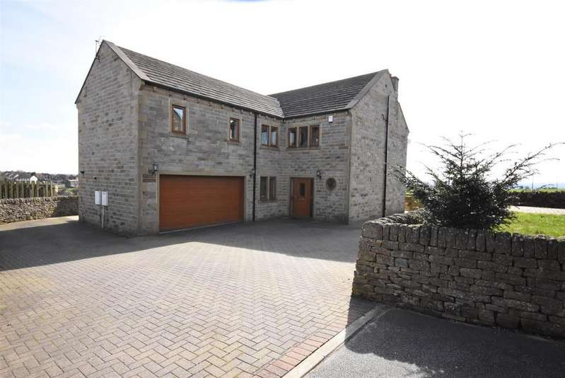 5 Bedrooms Detached House for sale in Carr House Fold, Shelf, Halifax