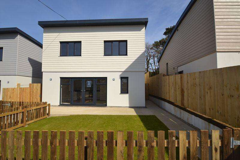4 Bedrooms Detached House for sale in St Ives, Cornwall
