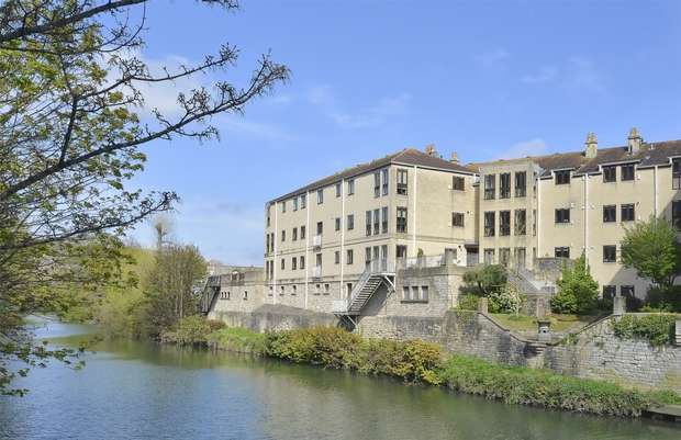 2 Bedrooms Flat for sale in Apartment 17, Northanger Court, Grove Street, Bath