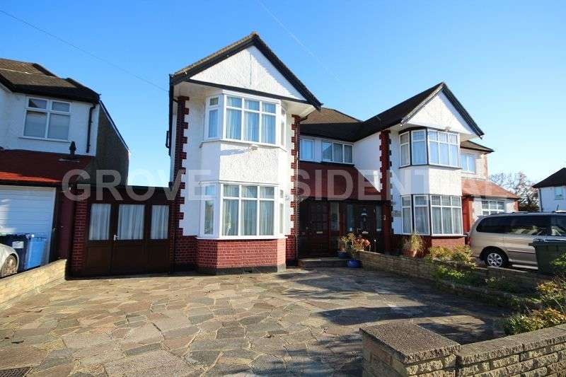 3 Bedrooms Semi Detached House for sale in Lynford Gardens, Edgware, Greater London. HA8 8UF