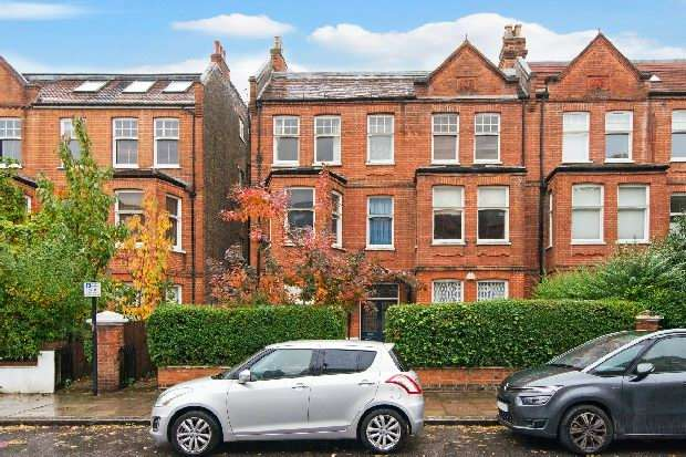 2 Bedrooms Flat for sale in Greencroft Gardens, South Hampstead, NW6