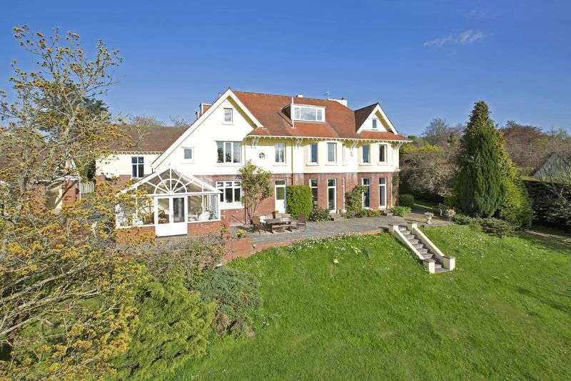 6 Bedrooms Detached House for sale in Saffron House, Station Hill, Chudleigh