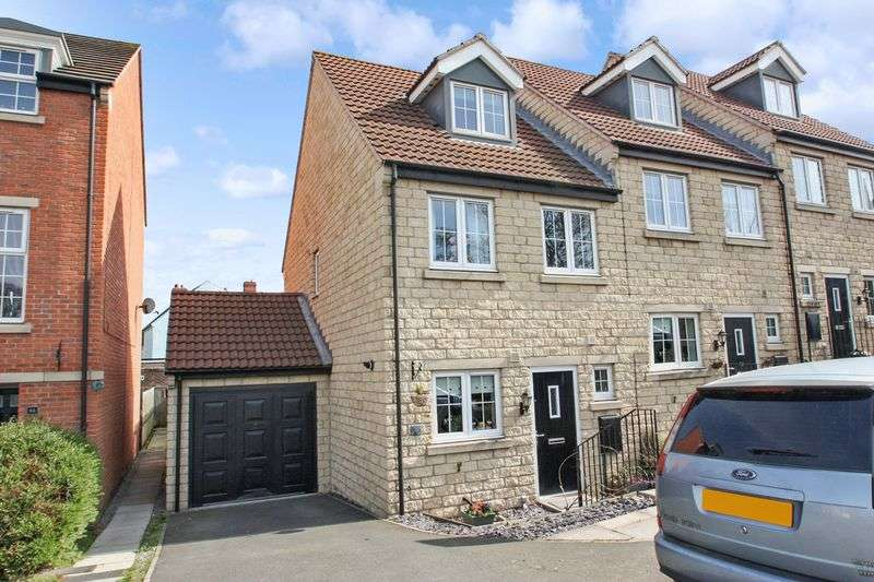 4 Bedrooms House for sale in Lyng Court, Knottingley