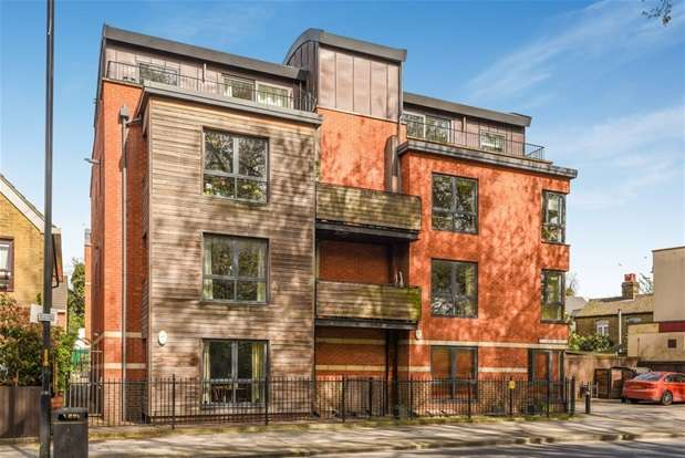 2 Bedrooms Flat for sale in Hithe Grove, Canada Water, London