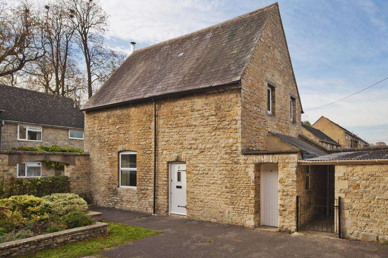 3 Bedrooms Detached House for sale in Bowley House, Rectory Lane, Woodstock, Oxfordshire