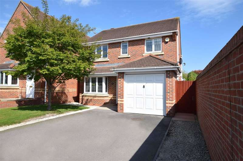 3 Bedrooms Detached House for sale in Maddock Close, Shinfield, Reading, RG2