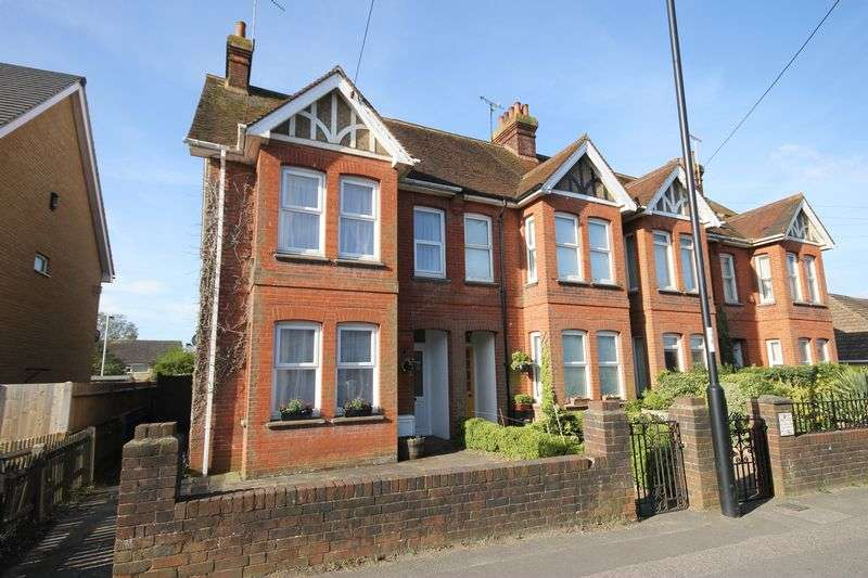 4 Bedrooms House for sale in Royal George Road, Burgess Hill, West Sussex
