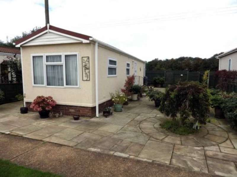 1 Bedroom Retirement Property for sale in Orchard Park, Heacham