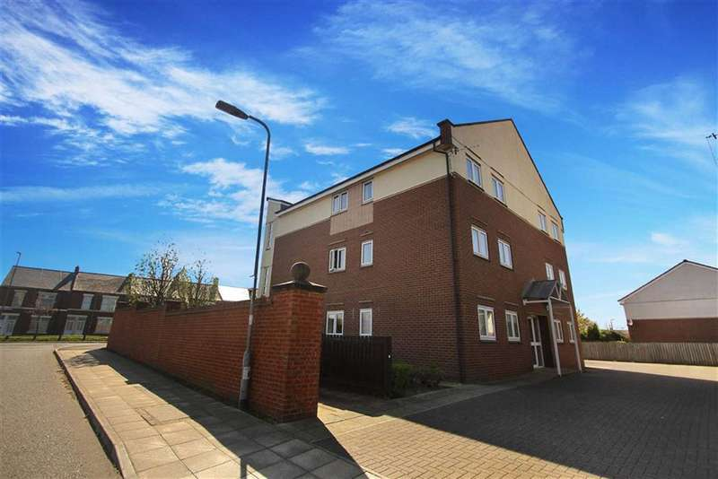 2 Bedrooms Flat for sale in Cormorant Drive, Dunston, Gateshead