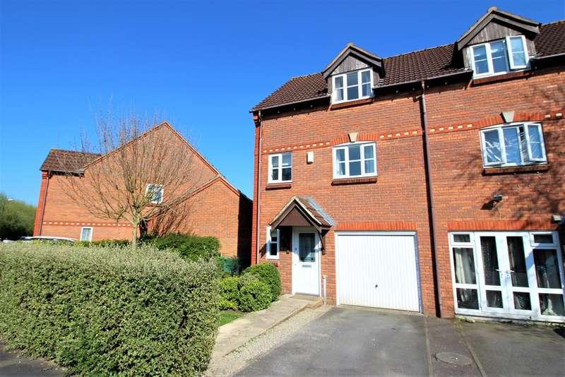 3 Bedrooms Town House for sale in Bridge Court, Westbury
