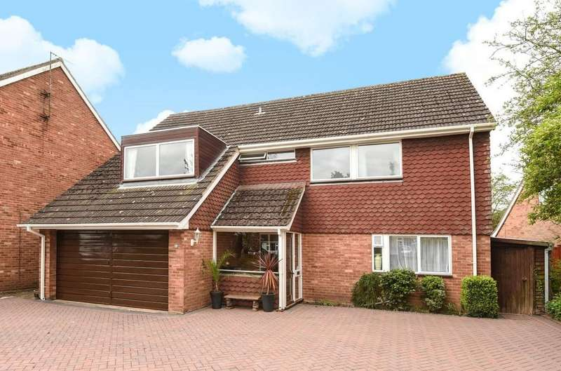 4 Bedrooms Detached House for sale in Manor Green, Stratford upon Avon