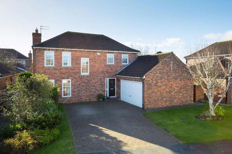 4 Bedrooms Detached House for sale in Dower Park, Escrick, York
