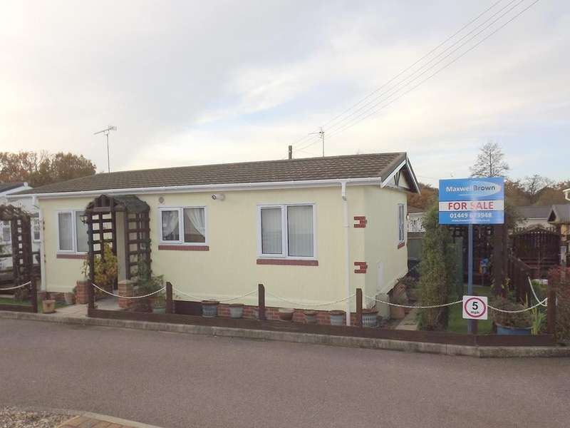2 Bedrooms Park Home Mobile Home for sale in Fairview Park, Wayford Road, Smallburgh NR12