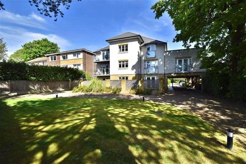 2 Bedrooms Flat for sale in Beckenham Grove, Shortlands, Kent