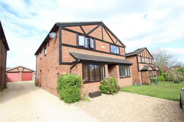3 Bedrooms Semi Detached House for sale in Arbour Cottages, Chittys Common, GUILDFORD, Surrey