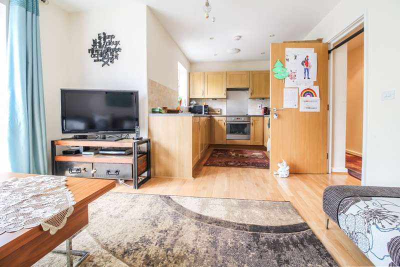 2 Bedrooms Flat for sale in Harlesden road, London, London, NW10