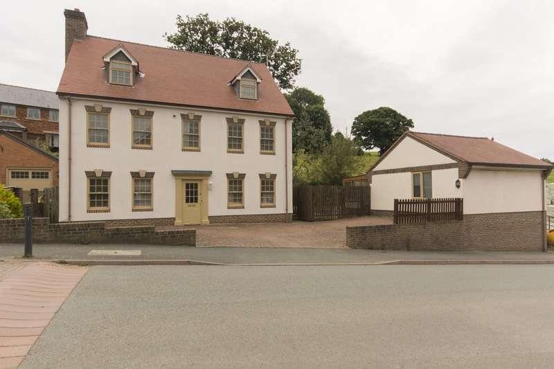6 Bedrooms Detached House for sale in Ffordd Spoonley, Llansantffraid ym Mechain, Powys, SY22