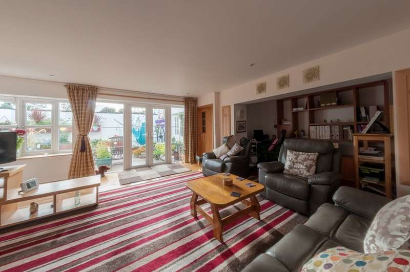 7 Bedrooms End Of Terrace House for sale in Main Street, Lochans, stranraer, Dumfries and Galloway, DG9