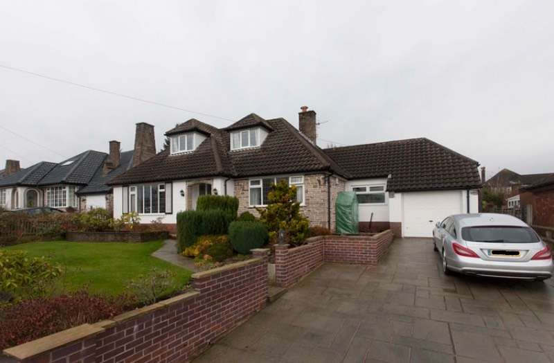 4 Bedrooms Detached House for sale in The Ridgeway, Disley Stockport, Cheshire, SK12