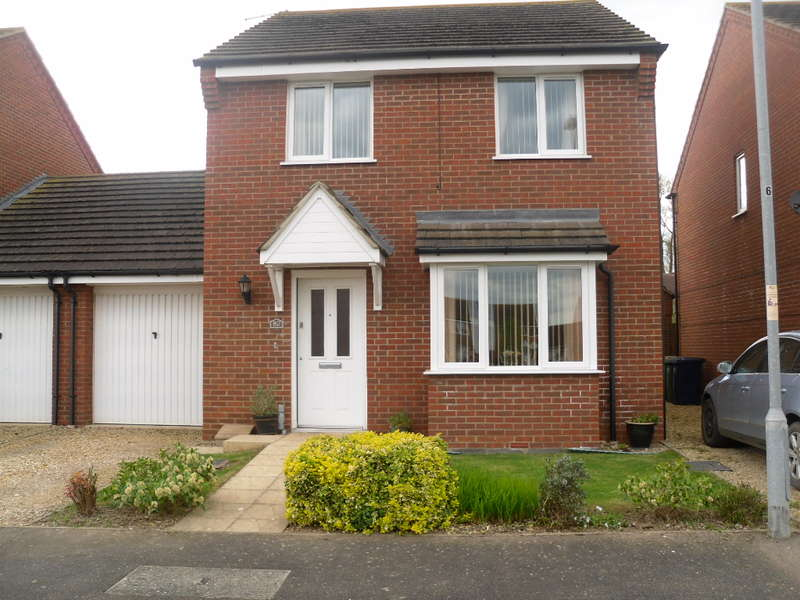 3 Bedrooms Detached House for sale in Redbarn, Turves, PE7