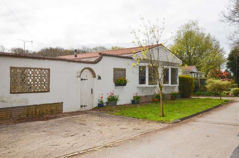3 Bedrooms Park Home Mobile Home for sale in Juggins Lane,, Solihull