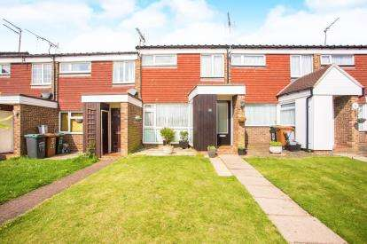 2 Bedrooms Terraced House for sale in Silk Mill Road, Watford, Hertfordshire, .