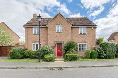 4 Bedrooms Detached House for sale in Hillbeck Grove, Middleton, Milton Keynes, Buckinghamshire