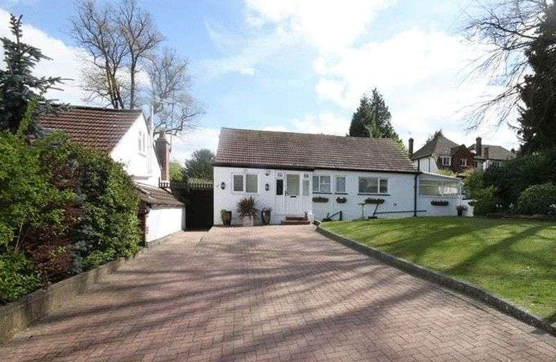 3 Bedrooms Detached Bungalow for sale in Roke Road, Kenley