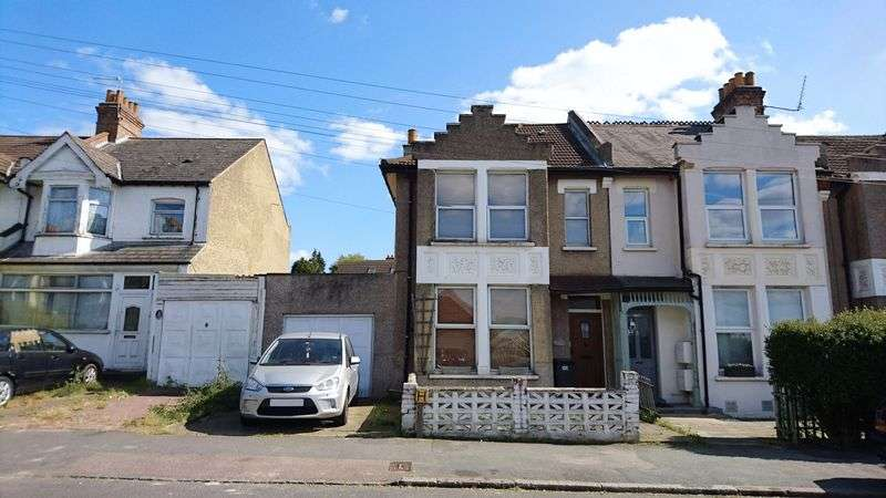 3 Bedrooms Terraced House for sale in Spa Hill, CRYSTAL PALACE