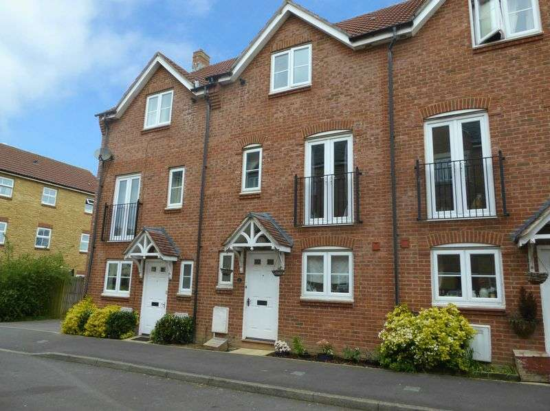4 Bedrooms Terraced House for sale in Paulls Close, Martock